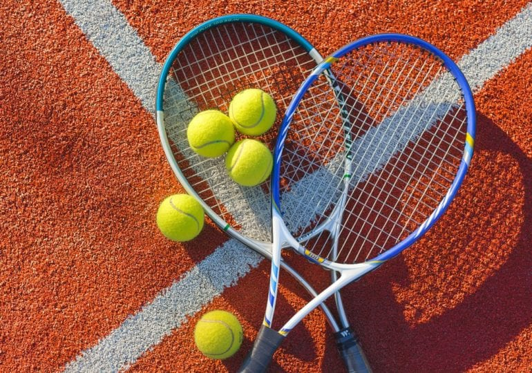 Zverev beendet Tennisjahr 2020 mit einer Niederlage bei ATP Finals