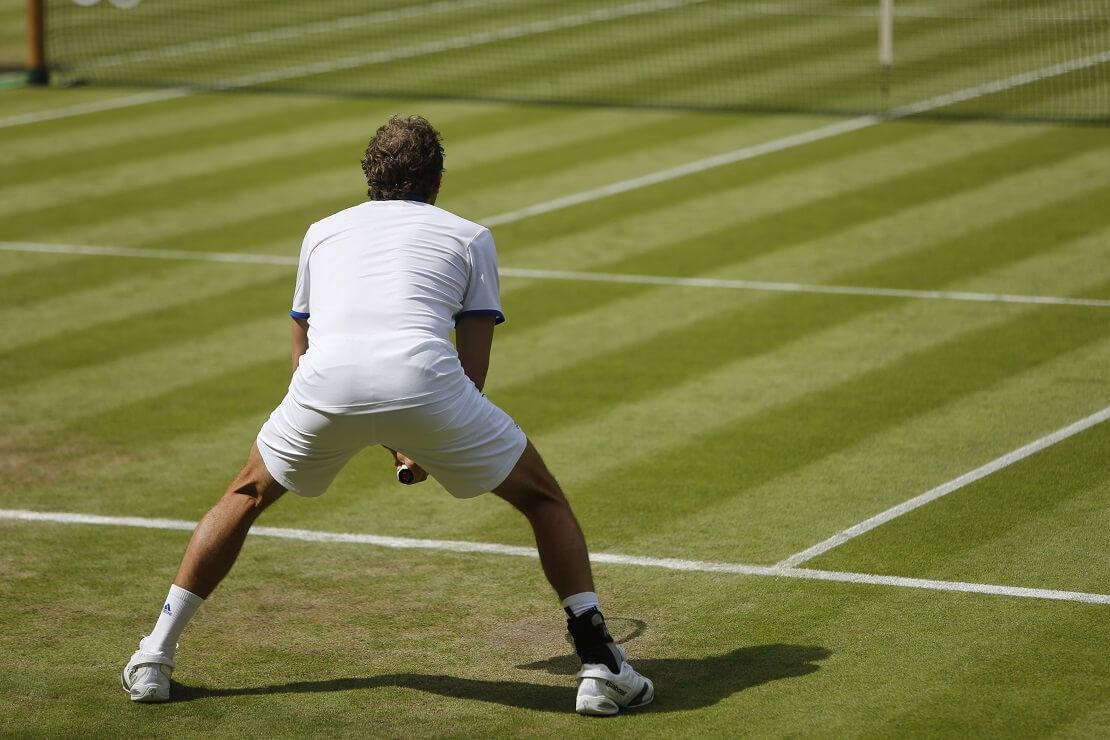 Wimbledon: Tennis Spieler in weißer Kleidung