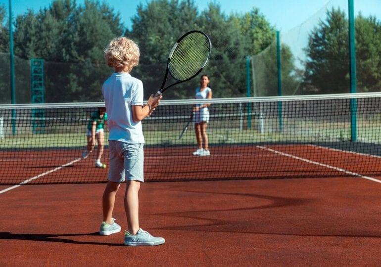 Der richtige Tennisschläger für Kinder