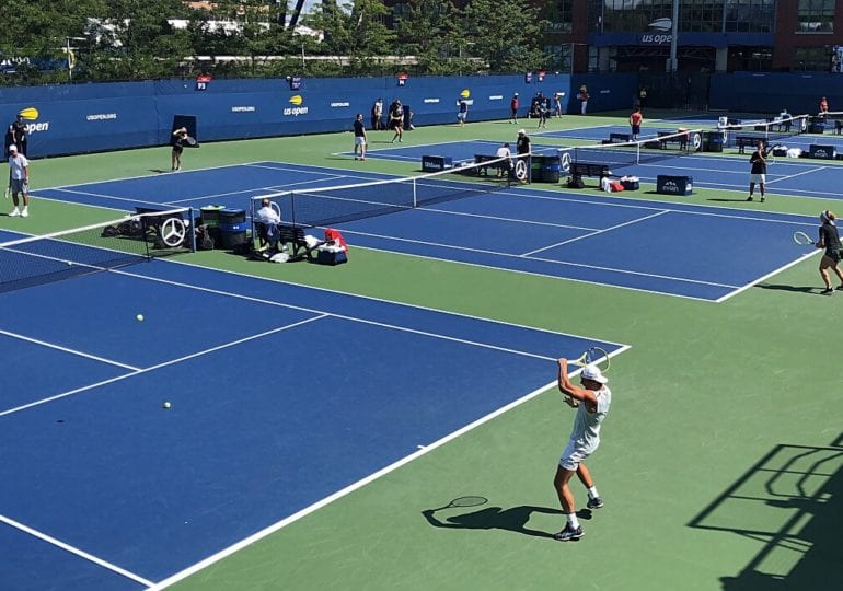 Australian Open: Auftaktsiege für Zverev, Djokovic und Halep
